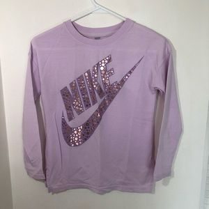 Girls Long Sleeve Nike T-shirt Size Medium